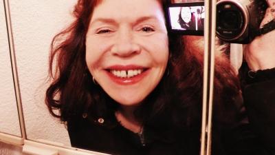 FUJI BEW ORIG a. Crazy Selfies II - digionbew 3 -30-04-16 Radiant in the Shower room